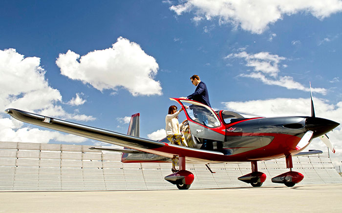 Mooney – An Aviation Legend Is Back